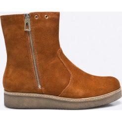 Caprice - Botki. Brązowe buty zimowe damskie Caprice, z materiału, na obcasie. W wyprzedaży za 199,90 zł.