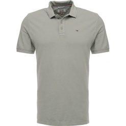 Koszulki polo: Tommy Jeans FINE GARMENT DYE  Koszulka polo deep lichen