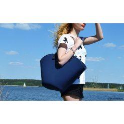 Torebki klasyczne damskie: Koszyk z filcu na ramię granatowy