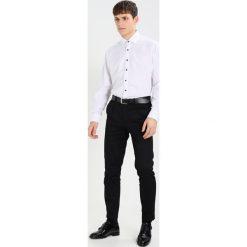Koszule męskie na spinki: OLYMP Luxor MODERN FIT Koszula white/blue