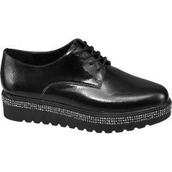 Półbuty damskie Graceland czarne. Czarne półbuty damskie marki Graceland, w kolorowe wzory, z materiału. Za 139,90 zł.