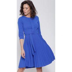 Sukienki: Ciemnoniebieska Sukienka Pleated Belted