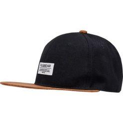 Czapka z daszkiem ze sztucznego zamszu. Czarne czapki z daszkiem męskie Pull&Bear. Za 39,90 zł.