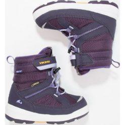 Viking PLAYTIME GTX  Śniegowce purple/lavender. Fioletowe buty zimowe chłopięce Viking, z materiału. W wyprzedaży za 246,35 zł.