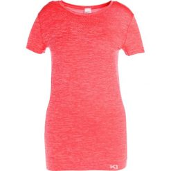 Topy sportowe damskie: KariTraa KRISTINA  Tshirt basic coral