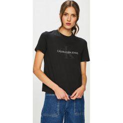 Calvin Klein Jeans - T-shirt. Czarne t-shirty damskie Calvin Klein Jeans, l, z nadrukiem, z bawełny, z okrągłym kołnierzem. Za 229,90 zł.
