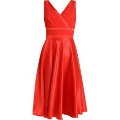 Little Mistress Sukienka koktajlowa burnt orange. Czerwone sukienki koktajlowe marki Little Mistress, z materiału. Za 379,00 zł.