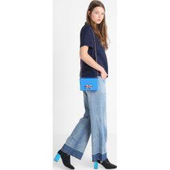 Ted Baker CARROLL OVERSIZED BOW EVENING BAG Torba na ramię blue. Niebieskie torebki klasyczne damskie Ted Baker. Za 379,00 zł.
