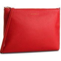 Torebka COCCINELLE - CV3 Mini Bag E5 CV3 55 F4 07 Coquelicot R09. Czerwone listonoszki damskie Coccinelle, ze skóry. W wyprzedaży za 379,00 zł.
