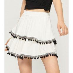 Spódniczki: Spódnica z kontrastowym zdobieniem - Kremowy