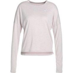 Nike Performance DRY MEDALIST LONGSLEEVE Koszulka sportowa particle rose/white/reflective silv. Czerwone t-shirty damskie Nike Performance, l, z materiału, z długim rękawem. Za 299,00 zł.