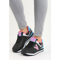 Czarno-Różowe Buty Sportowe Gilerma. Czarne buty sportowe dziewczęce marki Born2be, z materiału. Za 34,99 zł.