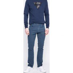 Guess Jeans - Jeansy. Szare jeansy męskie skinny marki Guess Jeans, l, z aplikacjami, z bawełny. W wyprzedaży za 239,90 zł.