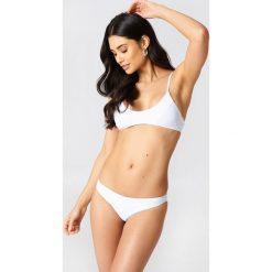 Hot Anatomy Dół bikini brazylijskiego - White. Białe bikini Hot Anatomy, w paski. Za 80,95 zł.
