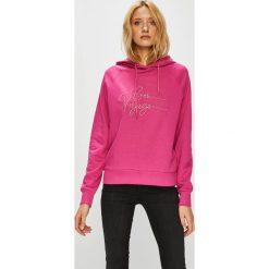 Vero Moda - Bluza Voyage. Różowe bluzy z kapturem damskie Vero Moda, l, z aplikacjami, z bawełny. W wyprzedaży za 119,90 zł.