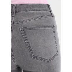 Topshop JAMIE NEW Jeans Skinny Fit grey. Szare jeansy damskie marki Topshop, z bawełny. Za 229,00 zł.