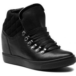 Sneakersy WOJAS - 8660-71 Czarny. Czarne sneakersy damskie Wojas, z materiału. W wyprzedaży za 369,00 zł.
