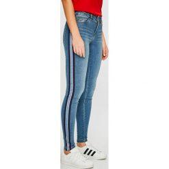 Noisy May - Jeansy Lucy. Niebieskie jeansy damskie rurki marki Noisy May, z bawełny. Za 189,90 zł.