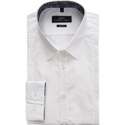 Koszula FRANCESCO 14-11-01. Białe koszule męskie na spinki marki bonprix, z klasycznym kołnierzykiem. Za 169,00 zł.
