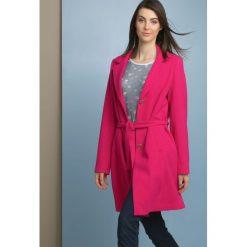 Płaszcze damskie: Płaszcz z paskiem