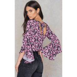 Bluzki asymetryczne: NA-KD Boho Bluzka z dekoltem V - Purple