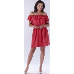 Różowa Sukienka ze Zmysłowym Dekoltem Carmen. Czerwone sukienki mini marki Molly.pl, do pracy, l, z tkaniny, biznesowe, z falbankami. Za 119,90 zł.