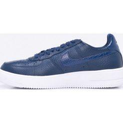 Nike Sportswear - Buty Air Force 1 Ultraforce. Szare buty skate męskie Nike Sportswear, z materiału, na sznurówki. W wyprzedaży za 369,90 zł.