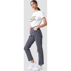 Levi's Jeansy 501 Crop - Grey. Szare proste jeansy damskie marki Levi's®, z podwyższonym stanem. Za 404,95 zł.
