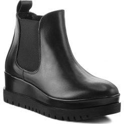 Botki TAMARIS - 1-25462-21 Black 001. Czarne buty zimowe damskie Tamaris, z materiału, na obcasie. Za 329,90 zł.
