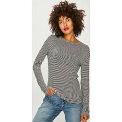 Tommy Jeans - Bluzka. Szare bluzki z odkrytymi ramionami marki Tommy Jeans, l, z dzianiny, casualowe, z dekoltem w łódkę. Za 199,90 zł.