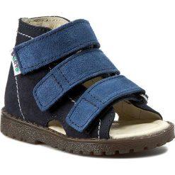 Sandały MRUGAŁA - 1110-77 Granat. Niebieskie sandały chłopięce Mrugała, ze skóry. W wyprzedaży za 99,00 zł.