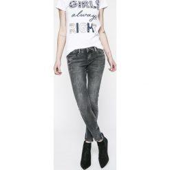 Spodnie z wysokim stanem: Pepe Jeans - Jeansy Cher