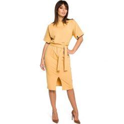 Żółta Sukienka Midi z Rozcięciem na Przodzie. Czarne sukienki balowe marki Molly.pl, na spotkanie biznesowe, l, z tkaniny, z dekoltem na plecach, dopasowane. Za 149,90 zł.