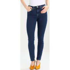Rurki damskie: Wrangler BODY BESPOKE Jeans Skinny Fit blue noise