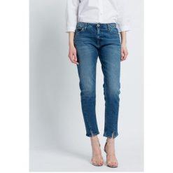 Hilfiger Denim - Jeansy. Niebieskie jeansy damskie marki Hilfiger Denim, z aplikacjami, z bawełny. W wyprzedaży za 219,90 zł.
