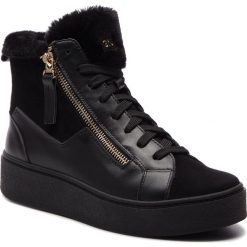 Sneakersy NIK - 08-0571-11-4-01-02 Czarny. Czarne sneakersy damskie Nik, z materiału. W wyprzedaży za 249,00 zł.