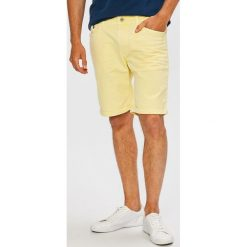 Camel Active - Szorty Madison. Czerwone spodenki jeansowe męskie marki Cropp. W wyprzedaży za 219,90 zł.