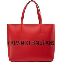Shopper bag damskie: Calvin Klein Jeans SCULPTED ZIP TOTE LOGO Torba na zakupy scarlet