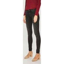 Pepe Jeans - Jeansy Pixie Stars. Czarne jeansy damskie rurki marki Pepe Jeans, z bawełny. Za 399,90 zł.