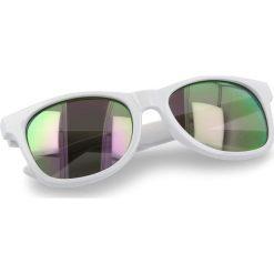 Okulary przeciwsłoneczne VANS - Spicoli 4 Shade VN000LC0WHP White/Purple. Białe okulary przeciwsłoneczne damskie lenonki marki Vans. Za 69,00 zł.