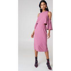 Sukienki: NA-KD Sukienka z wiązaniem na szyi – Purple