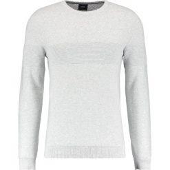 Swetry klasyczne męskie: Burton Menswear London ZIG ZAG CREW Sweter silver