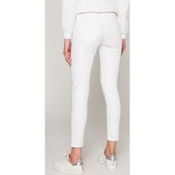 Spodnie damskie: Pepe Jeans - Jeansy Ripple