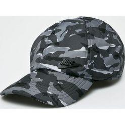 Nike Sportswear - Czapka. Szare czapki z daszkiem męskie Nike Sportswear. W wyprzedaży za 69,90 zł.