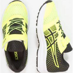 ASICS PATRIOT 9 Obuwie do biegania treningowe safety yellow/black/white. Białe buty sportowe chłopięce marki Asics, z materiału, do biegania. Za 199,00 zł.