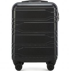 Walizka mała 56-3P-981-10. Czarne walizki marki Wittchen, z gumy, małe. Za 259,00 zł.