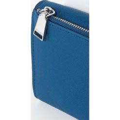 Parfois - Portfel. Niebieskie portfele damskie Parfois, z materiału. W wyprzedaży za 44,90 zł.