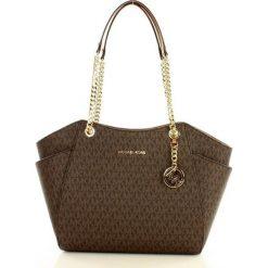 Logowana torebka kuferek MICHAEL KORS - JET SET TRAVEL - brown/acorn. Brązowe kuferki damskie Michael Kors, na ramię. Za 1399,00 zł.