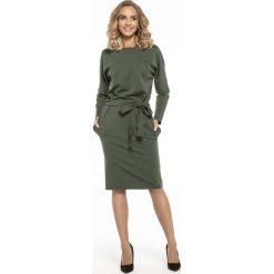 Zielona Kimonowa Sukienka z Szarfą w Pasie. Zielone sukienki dzianinowe Molly.pl, na imprezę, l, w paski, oversize. Za 138,90 zł.