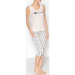 Piżamy damskie: Piżama z szortami i koszulką z napisem